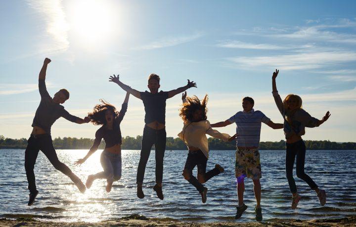 大学生活をより楽しむためにおすすめのバイトとその仕事内容を紹介!